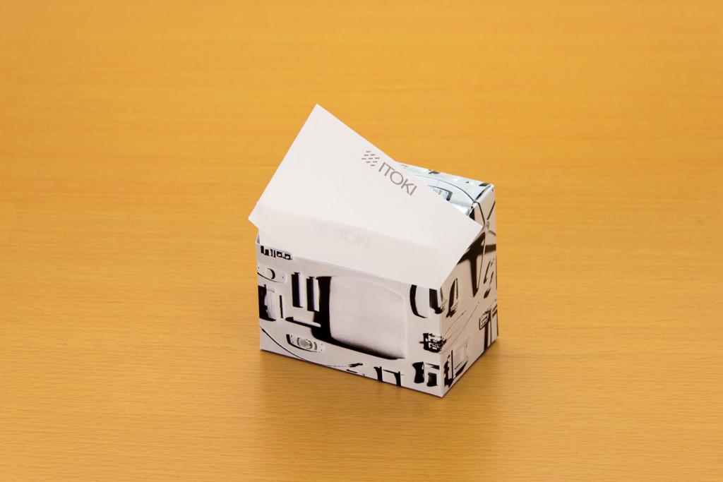 スタンドBOXメモは1枚づつ引き出して使用する